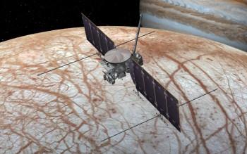 미국항공우주국(NASA)은 2020년대 목성 위성인 유로파를 탐사할 유로파 클리퍼를 개발 중이다. - (주)동아사이언스 제공